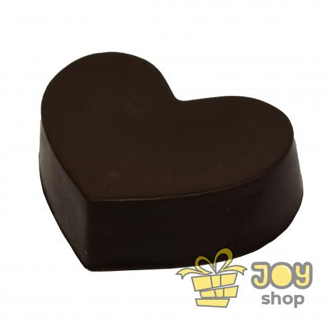 Серце з чорного шоколаду